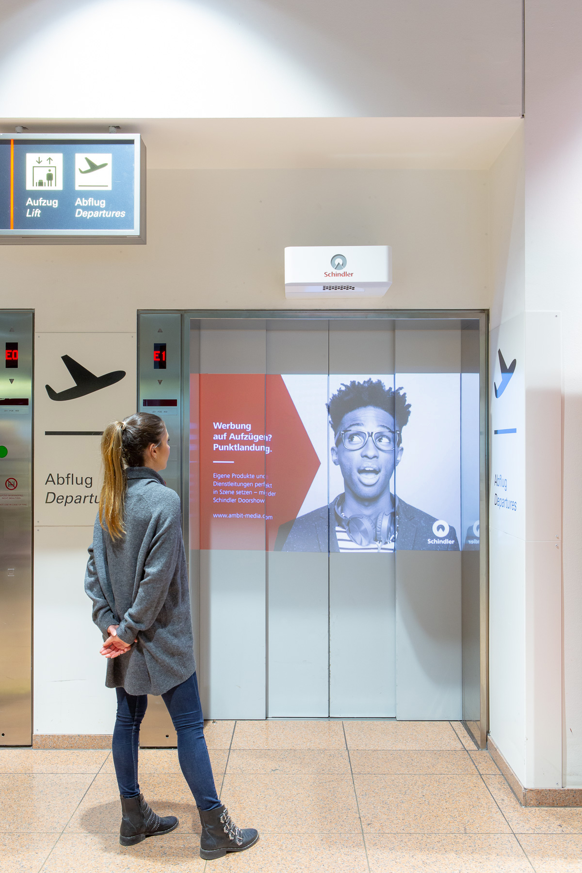 Schindler_DoorShow_Hamburg_Airport-034217